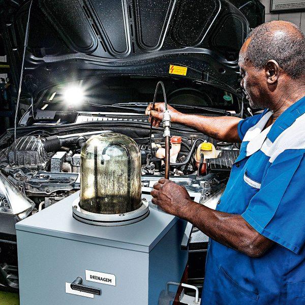 Após amaciar o motor nos primeiros 1.000 km, deve-se trocar óleo?