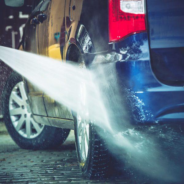 Lavar o carro sem danificá-lo