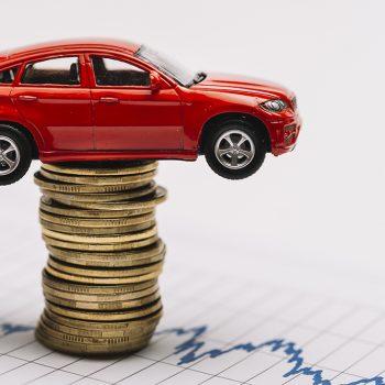 Carros com dívidas: como funciona a compra e venda?