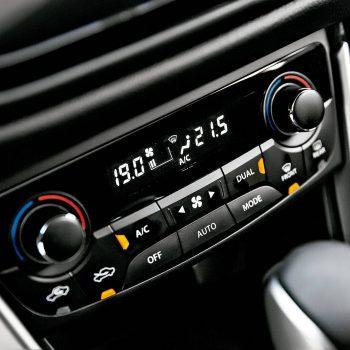 O ar-condicionado automático ainda pode ter duas, três ou até quatro zonas com temperaturas variadas (Christian Castanho/Quatro Rodas)