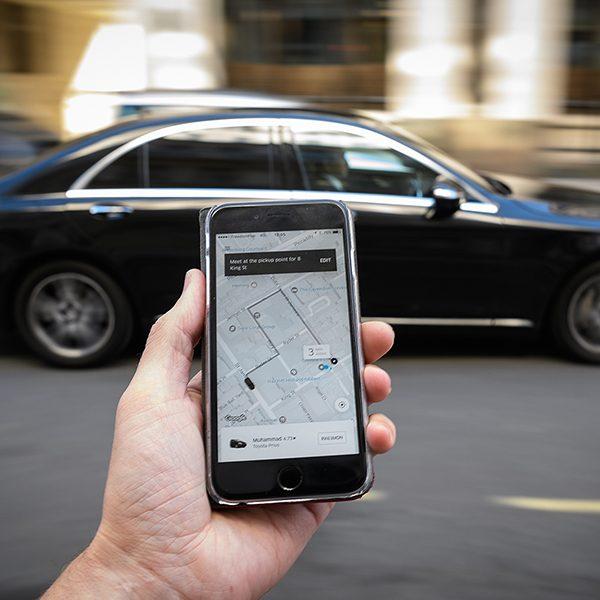 Motoristas de Uber sem cadastro começam a ser multados em São Paulo