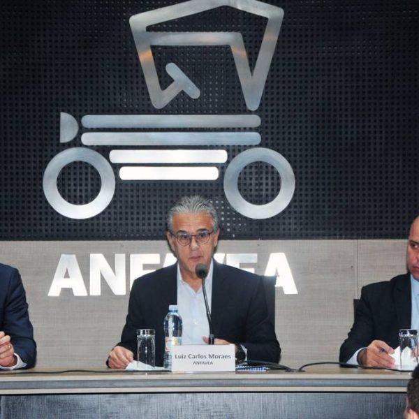 Brasil prevê só 9 novos itens de segurança obrigatórios em carros até 2030
